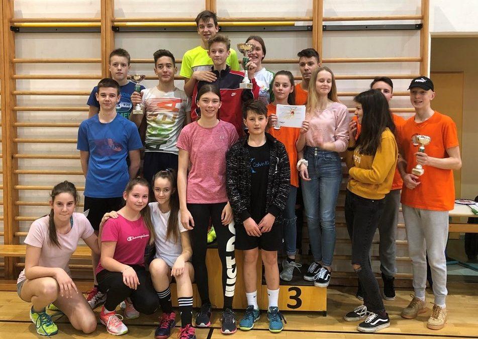 OŠ Vinica tretja na ekipnem področnem tekmovanju v badmintonu